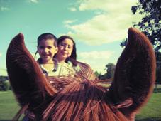 Equitación para niños. Hípica para niños. Montar a caballo Niños