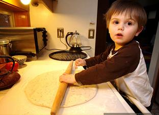 Utensilios de cocina. Cocina para niños. Navidad con niños